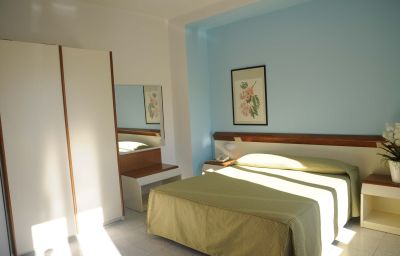 Italie_et_Suisse-Stresa-Superior_room-5-76520.jpg
