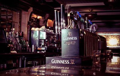 The_Beresford-Dublin-Hotel_bar-2-76947.jpg