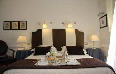 La_Medusa_Grand_Hotel-Castellammare_di_Stabia-Double_room_superior-1-78572.jpg