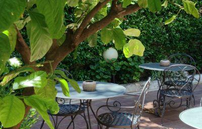 Select-Rome-Garden-6-78993.jpg