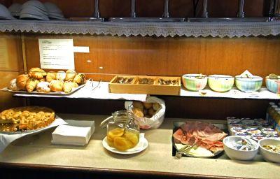 Bufet śniadaniowy Accursio