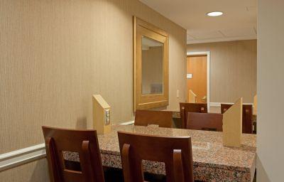 LA_QUINTA_INN_STE_BOSTON_SOMERVILLE-Boston-Hall-1-79982.jpg