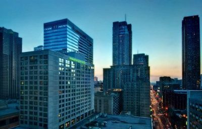 Homewood_Suites_by_Hilton_Chicago_Downtown-Chicago-Exterior_view-3-80204.jpg