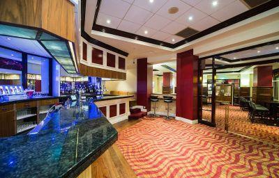 Hilton_Dartford_Bridge-Dartford-Hotel_bar-1-80827.jpg