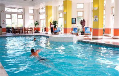 Hilton_Dartford_Bridge-Dartford-Pool-1-80827.jpg