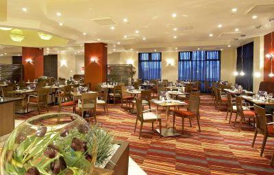 Hilton_Dartford_Bridge-Dartford-Restaurant-1-80827.jpg