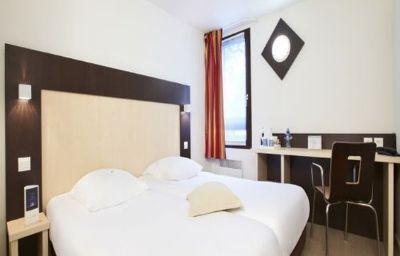 Kyriad_-_Rouen-Nord_Mont_St_Aignan-Rouen-Room-2-81824.jpg