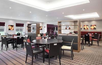 Holiday_Inn_Express_WARWICK_-_STRATFORD-UPON-AVON-Warwick-Restaurant-4-82663.jpg