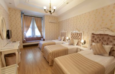 Aspen_Boutique_Hotel-Antalya-Triple_room-82804.jpg