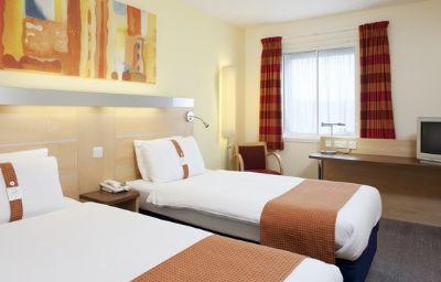 Holiday_Inn_Express_BEDFORD-Bedford-Room-11-83356.jpg