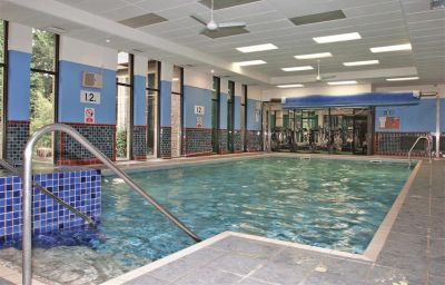 Piscine BEST WESTERN WOODLANDS HOTEL