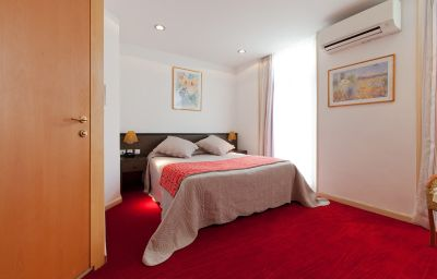 Oasis-Nice-Double_room_superior-2-83889.jpg