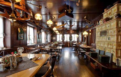 Schwanen_Gasthaus-Boeblingen-Restaurant-3-84565.jpg