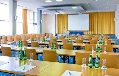 Novotel_Poznan_Centrum-Poznan-Conference_room-3-85015.jpg