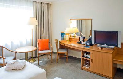 Novotel_Poznan_Centrum-Poznan-Room-3-85015.jpg