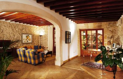 Cas_Comte_Petit_Hotel_Spa-Lloseta-Hall-2-85649.jpg