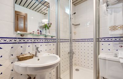 Arena_Hotel-Istanbul-Bathroom-1-87278.jpg