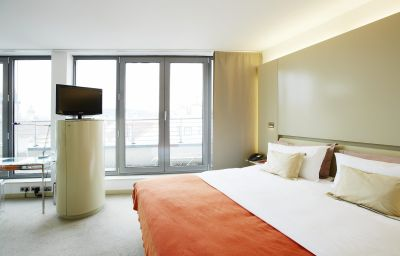 Room Josef