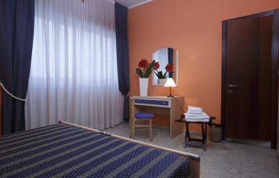 Stella_del_Mare-Chiavari-Double_room_standard-4-88328.jpg
