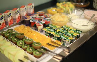 Breakfast buffet Grand Bohemia