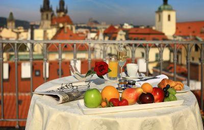 Grand_Bohemia-Prague-Terrace-1-89004.jpg