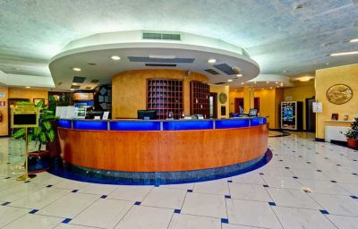 Hall de l'hôtel Best Western Blu Hotel Roma