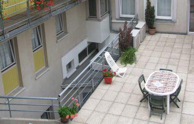 Hotel_de_lIll-Strasbourg-Terrace-3-89689.jpg