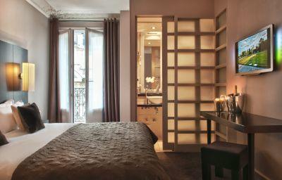 BEST_WESTERN_Elysees_Paris_Monceau-Paris-Room_with_balcony-89739.jpg