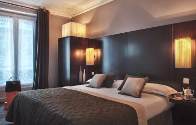 BEST_WESTERN_Elysees_Paris_Monceau-Paris-Room-8-89739.jpg