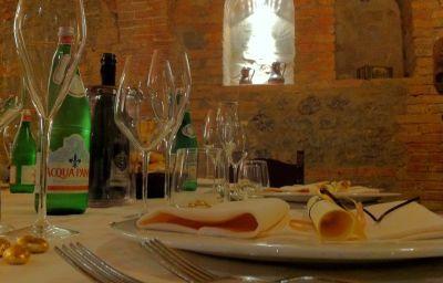 Alla_Rocca_Hotel_Conference_Restaura-Bazzano-Restaurant_1-90675.jpg