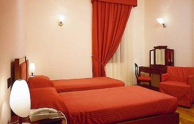Alla_Rocca_Hotel_Conference_Restaura-Bazzano-Room-7-90675.jpg