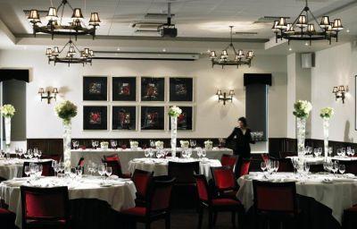 De_Vere_Venues_New_Place-Southampton-Restaurant-90694.jpg