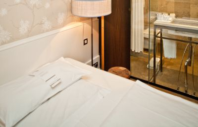Single room (standard) Cortiina