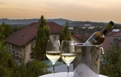 Landhaus_Keller_Hotel_de_Charme-Malterdingen-Exterior_view-2-91676.jpg