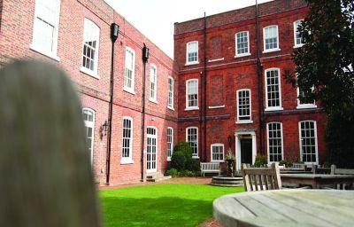 Ogród Hotel du Vin Winchester