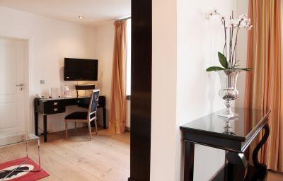 Altes_Zollhaus-Rinteln-Suite-91929.jpg