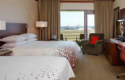 Renaissance_Concourse_Atlanta_Airport_Hotel-Atlanta-Room-19-100244.jpg