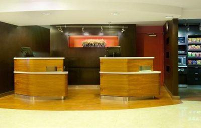 Courtyard_El_Paso_Airport-El_Paso-Hotelhalle-3-100478.jpg