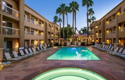 Courtyard_Palm_Springs-Palm_Springs-Wellness_and_fitness_area-5-100700.jpg