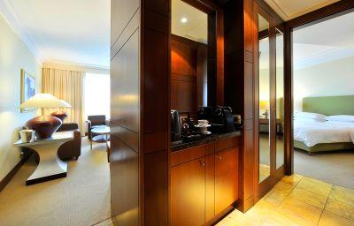 Pokój typu junior suite Regent Warsaw Hotel