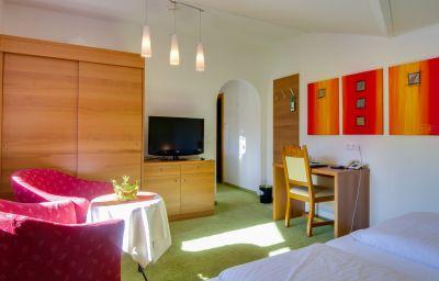 Zum_Gourmet-Seefeld_in_Tirol-Room-9-102385.jpg