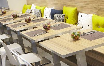 Breakfast room Kyriad Brest Centre