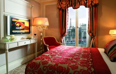 Hotel_Balzac-Paris-Room-2-103737.jpg