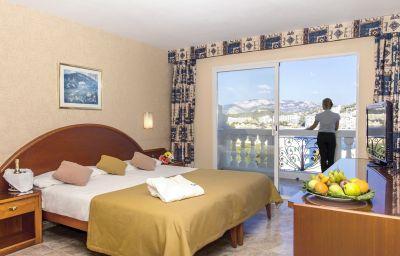 Bahia_del_Sol-Santa_Ponca-Double_room_standard-1-104509.jpg