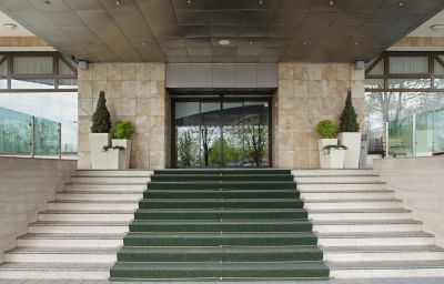 Holiday_Inn_SKOPJE-Skopje-Exterior_view-7-105126.jpg