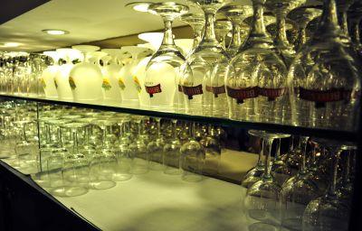 Bar de l'hôtel Corsendonk De Linde