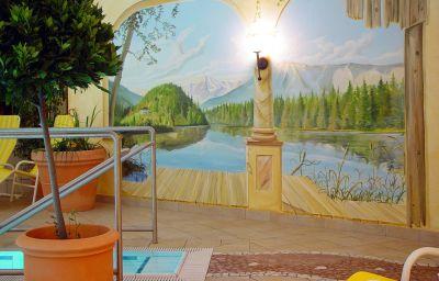 Aktivhotel_Waldhof_Ferienhotel-Oetz-Pool-3-108125.jpg