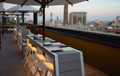 Bar del hotel Barcelona Universal