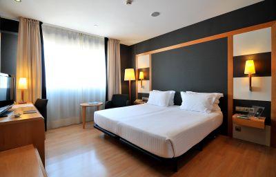 Habitación doble (estándar) Barcelona Universal