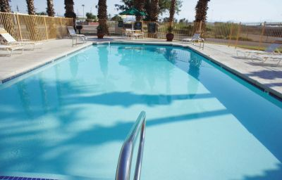 LA_QUINTA_INN_PHOENIX_THOMAS_ROAD-Phoenix-Pool-108616.jpg